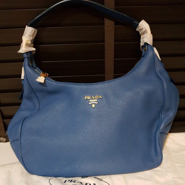 a15761a87338 Prada vitello Daino leather Bag, Luxury, Bags & Wallets on Carousell