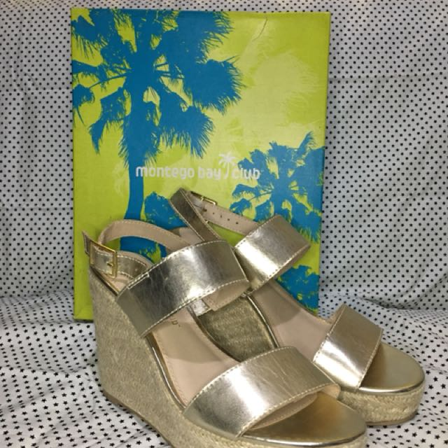 PRE-LOVED Montero Bay Club Gold Wedge Sandal