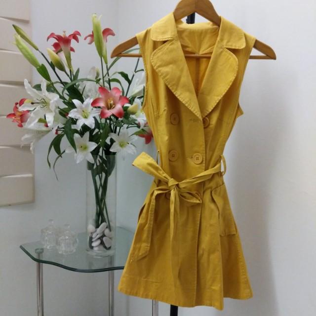 Premium yellow trench coat