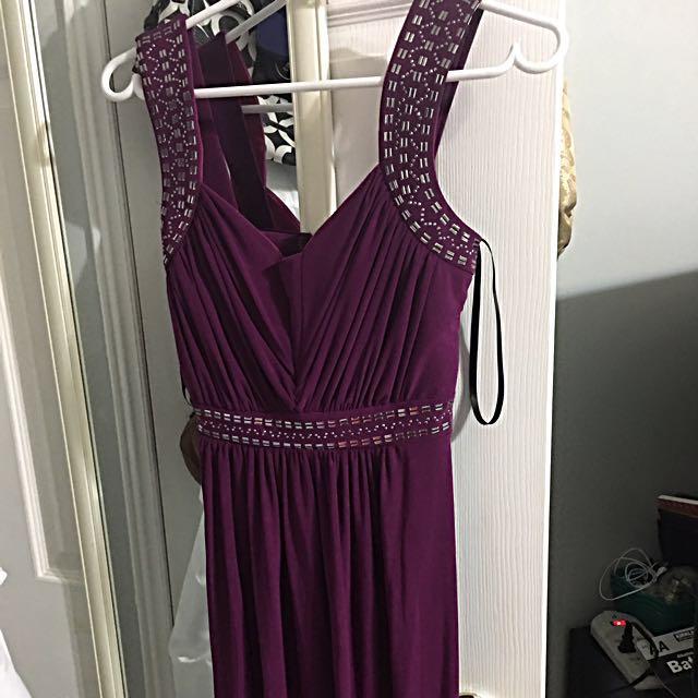 Purple Dress With Nice Design Size 6
