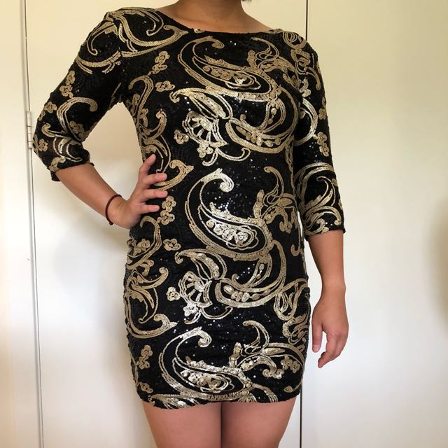 SASS fitted sequence dress with 3/4 sleeve