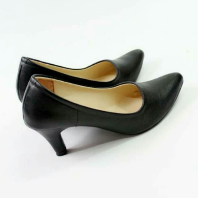 Sepatu Pantople Kerja