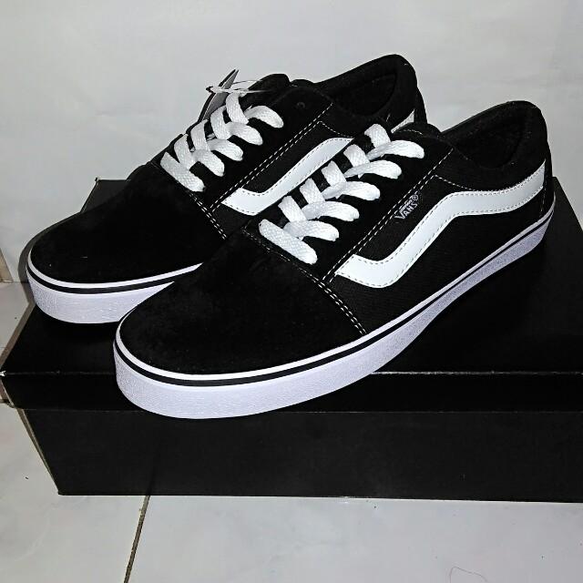 22a3d25e40 Sepatu Sneakers Pria - Vans Old Skool Black Grade Original
