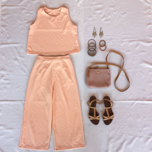 Sleeveless top and Culottes Pair