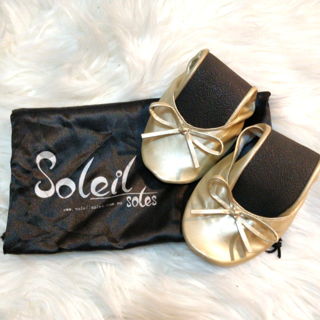 SOLEIL SOLES Gold Rollup Flats - Size 7/8