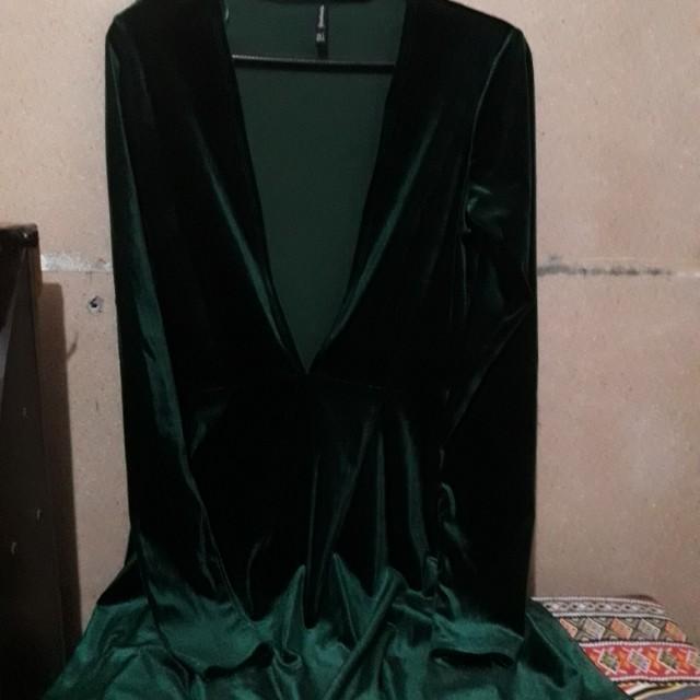 Stradivarius Emerald Velvet Dress