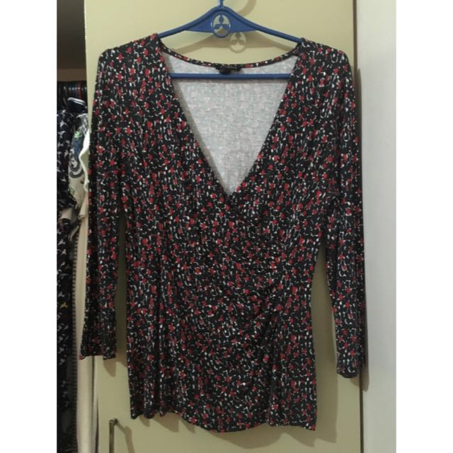 Talbot's brand office blouse ALL ITEMS MARKED * FOR 30 PESOS. 5 OR MORE 25 PESOS