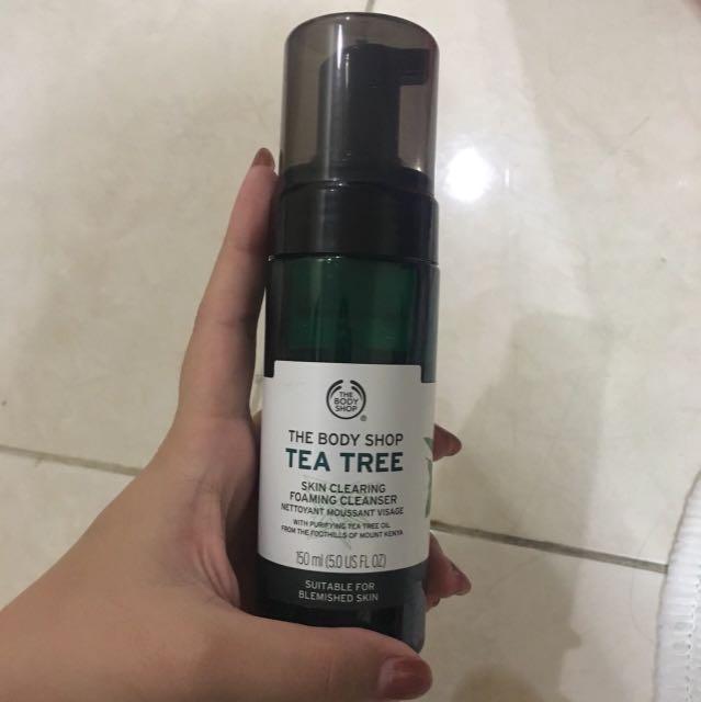 The Body Shop Tea Tree Face Wash