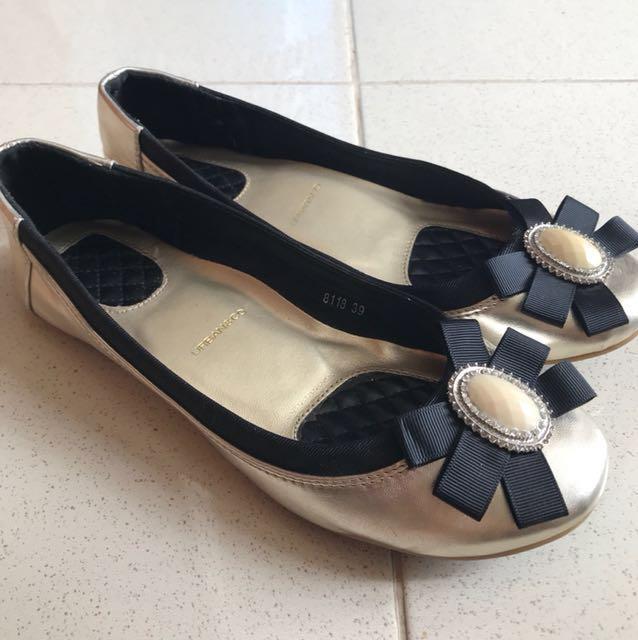 Urban&co gold ribbon flatshoes