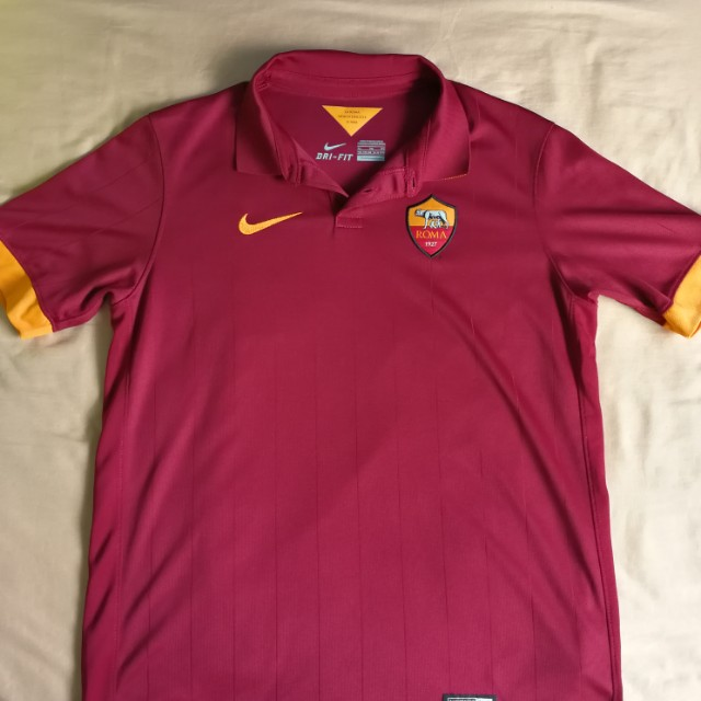 2463ed5c532 Used Authentic Nike Roma Home Shirt/Jersey Youth XL, Sports, Sports ...