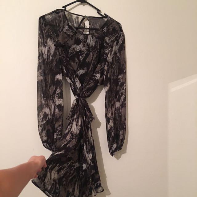 WITCHERY S8 dress -khaki and black