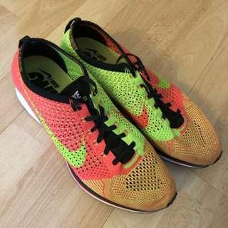 Nike Flyknit Racer (US10)