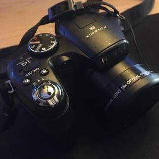 Finepix Fujifilm S2950 18x optical zoom