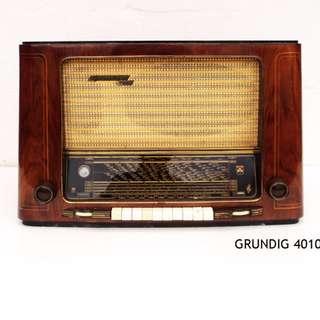Vintage Valve Tube Radio Germany GRUNDIG 4010 FM AM Genuine 1950s