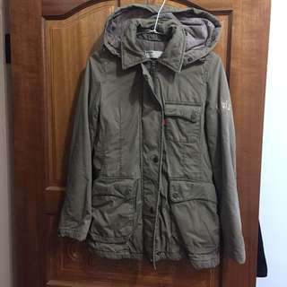 🚚 Levi's 軍裝外套 軍綠風衣 鋪棉外套