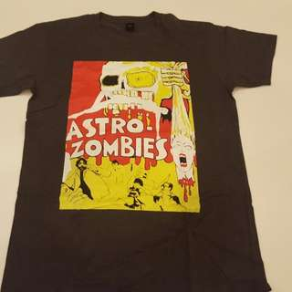 B-movie Astro Zombies T shirt size L