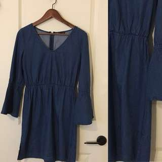 Club Monaco Jean dress - size 6