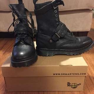 Dr. Martens Boots - Size US M 8/US W 9