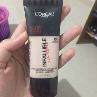 L'OREAL PRO-MATTE FOUNDATION 101CLASSIC IVORY