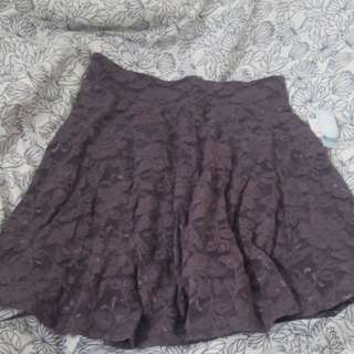 Aritzia fit and flare lace skirt Small