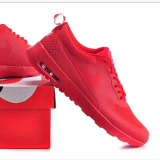 Air max Thea triple red