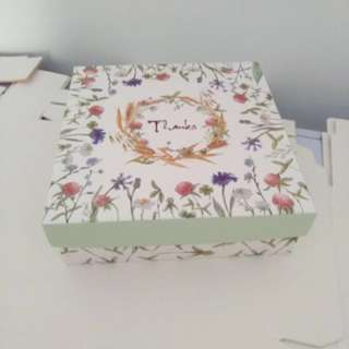 Floral calligraphy Gift box Christmas birthday occasion