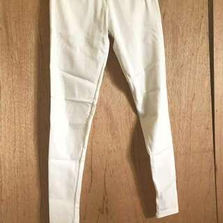 🚚 MOBO好穿白色長褲貼腿窄管褲