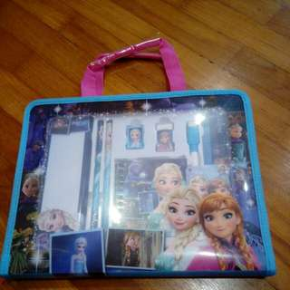 Frozen Stationery Kid Carry Set