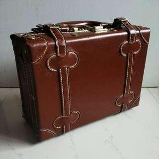 復古 棕色 手提箱/行李箱 Suitcase