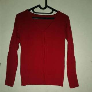Sweater Merah Maroon