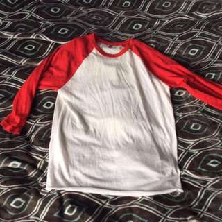 Red andwhite baseball tee 3/4 sleeve