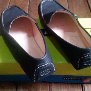 For sale Florsheim shoes
