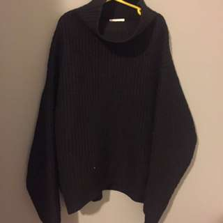 Aritzia Montpellier Sweater in Black XS