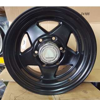 15 inch NEW SPORT RIM 4x4 RAGUNA RACING WHEELS 8J