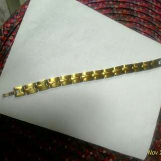 Mens bracelet preloved