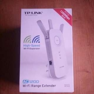 Wi-fi range extender (model RE355)