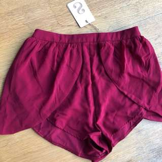 🌹 SABOSKIRT - wine shorts