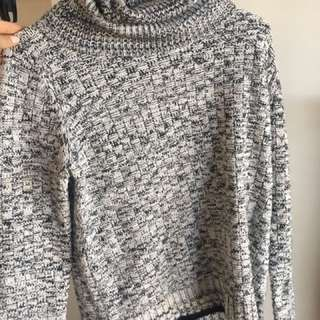 Dotti grey and black jumper