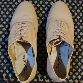 Repetto calf leather oxfords in tan