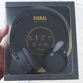 TYPO BLUETOOTH SIGNAL HEADPHONES