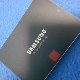 512GB Samsung Evo 850Pro