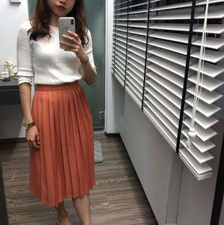 High waisted midi pleat skirt