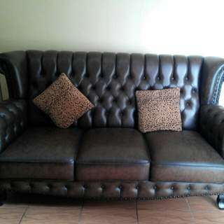 Classic Chesterfield Sofa, Comes in Dark Brown Top Quality Materials