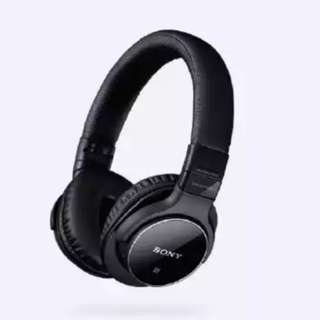 Sony MDR-ZX770BN Noise Cancelling headphone