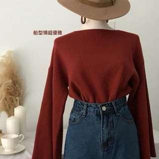 🚚 船型領磚紅針織衫
