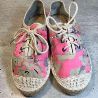 🚚 品牌鞋子