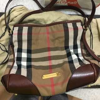Burberry經典肩背手提兩背包