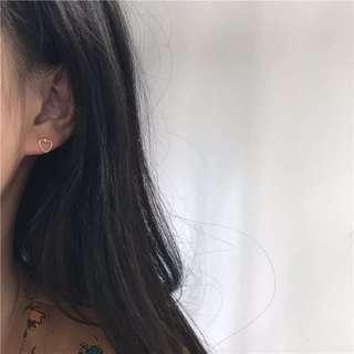 🚚 愛心 簡約設計 小巧 耳環