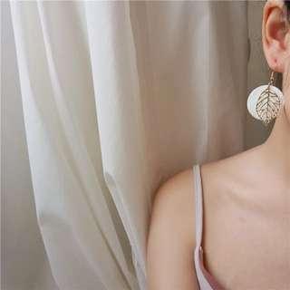 🚚 羽毛圈圈質感耳環
