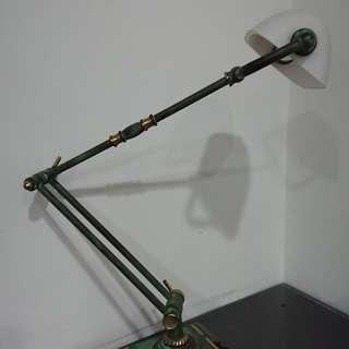 360°旋轉歐式古董檯燈